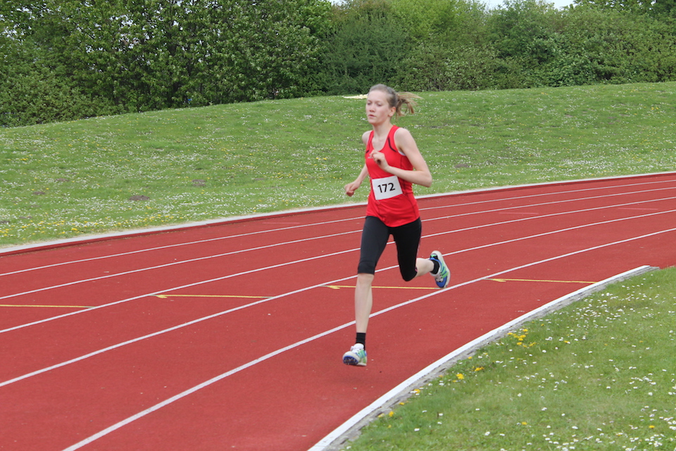 KM Alfeld_ Lily Wildhagen 800m