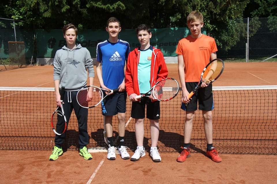 TKJ Tennis B-Junioren - v.l. Tom Lantzsch, Nils Hanne, Ben Wemmer, Alexander Gieseke