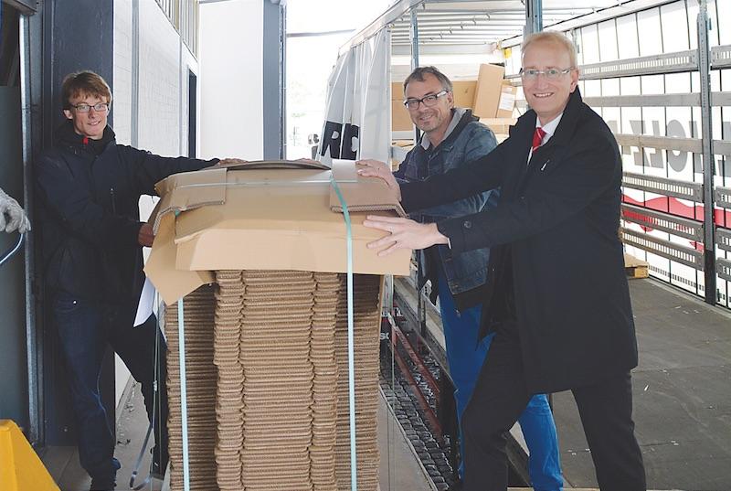 Fotos (Isabella Touboul/Cluster):  v.l.n.r Christian Köpper (Cluster), Ralf Dittrich und Roland Redetzke (Sparkasse Hildesheim)